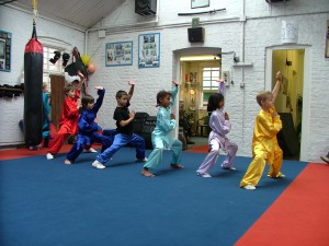 children kung fu lesson at the Alan Winner Academy